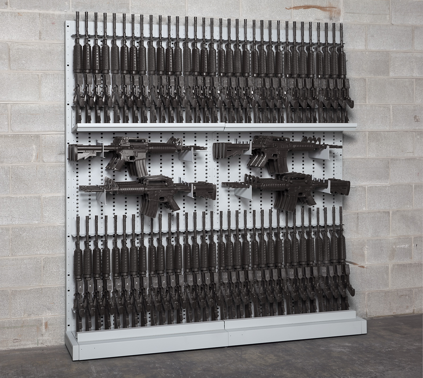 Single-Sided Expandable Weapon Rack with High-Density M4 Rifle Storage